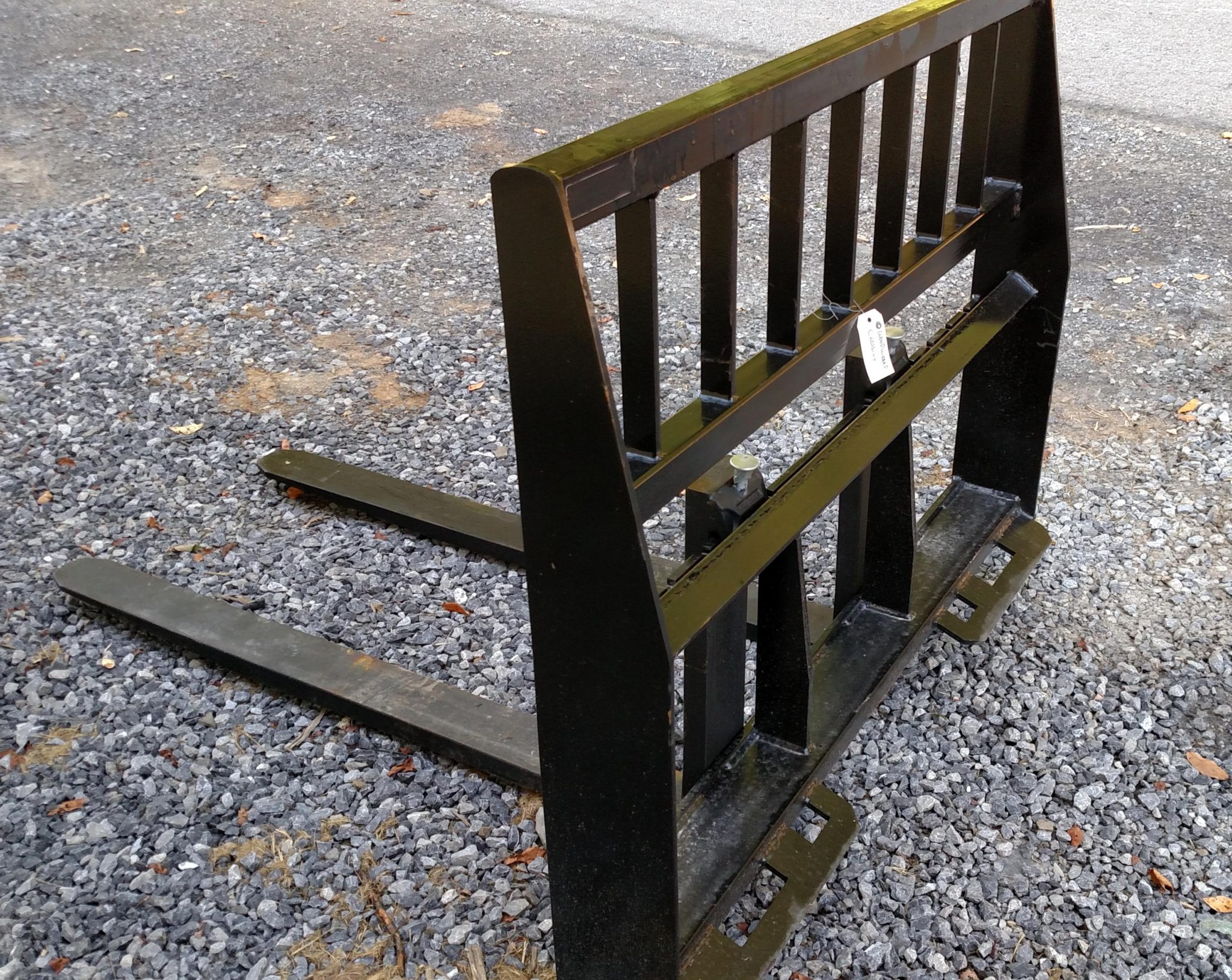 48 Inch 3700# Pallet Forks, Universal Quick Attach Mount