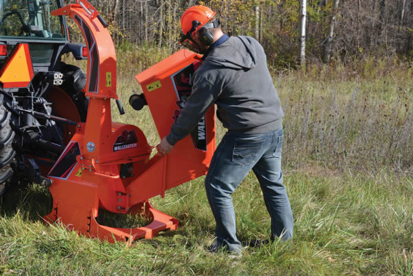 Wallenstein PTO Woodchipper with Foldable Hopper