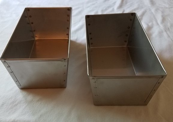 (2) Amish Made SS Bread Pans for Bread, Cornmeal Mush, Scrapple