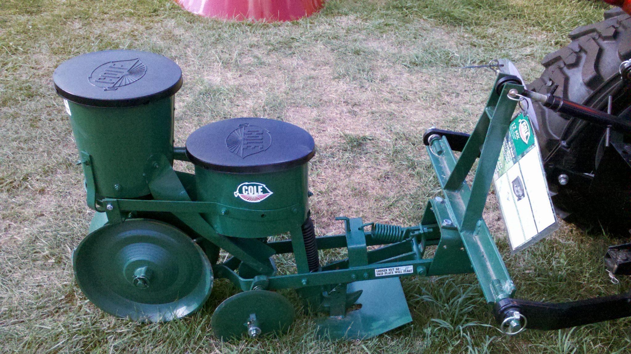 012-0101 Cole 12MX Planter w/Fertilizer Hopper w/ Cat I Hitch