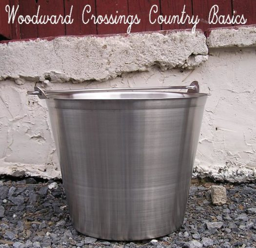 13 Qt. Seamless Stainless Steel Pail