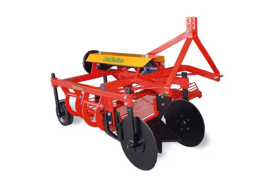 Delmorino DM100 Side Discharge Potato Digger / Harvester
