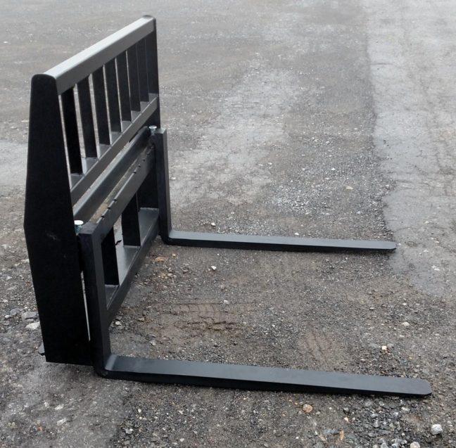 Pallet Forks 2000 lbs. 42 inch II